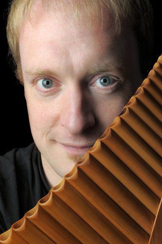 Matthias Schlubeck (Panflöte) und Thorsten Schäffer (Klavier)