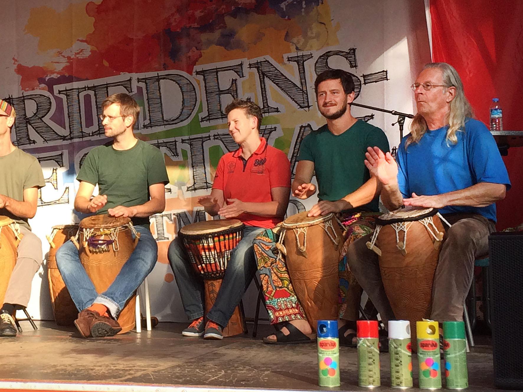 Chakala: Afrikanische Trommel und Perkussion